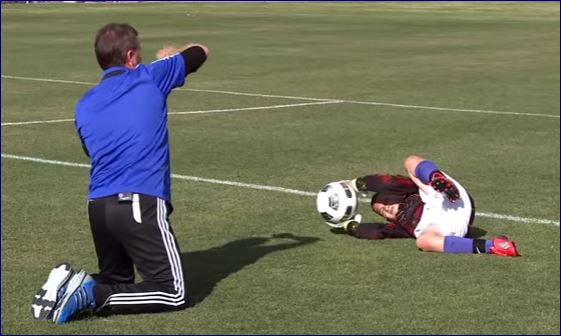 how to train youth soccer goalies